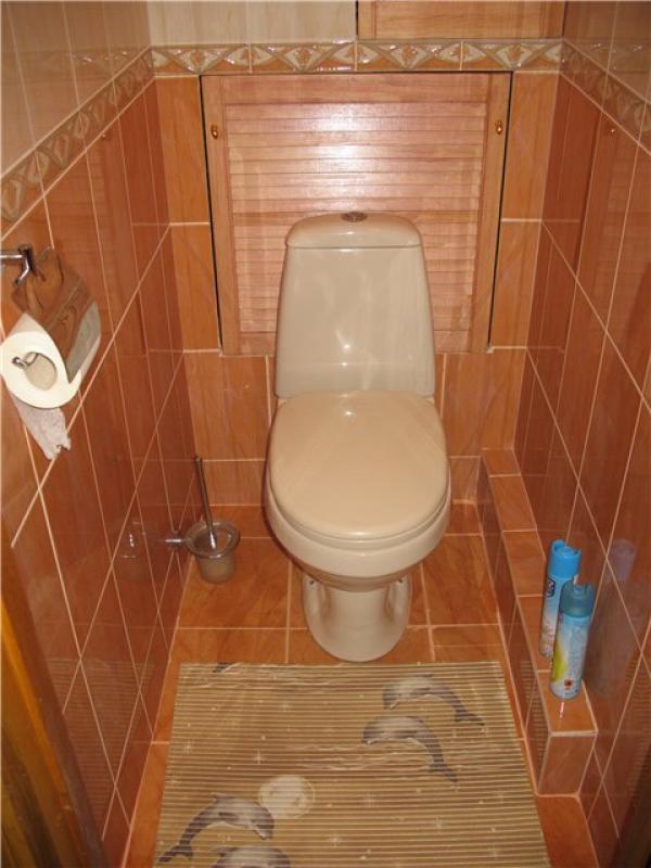 Как закрыть трубы в туалете - несколько вариантов декорации труб + фото