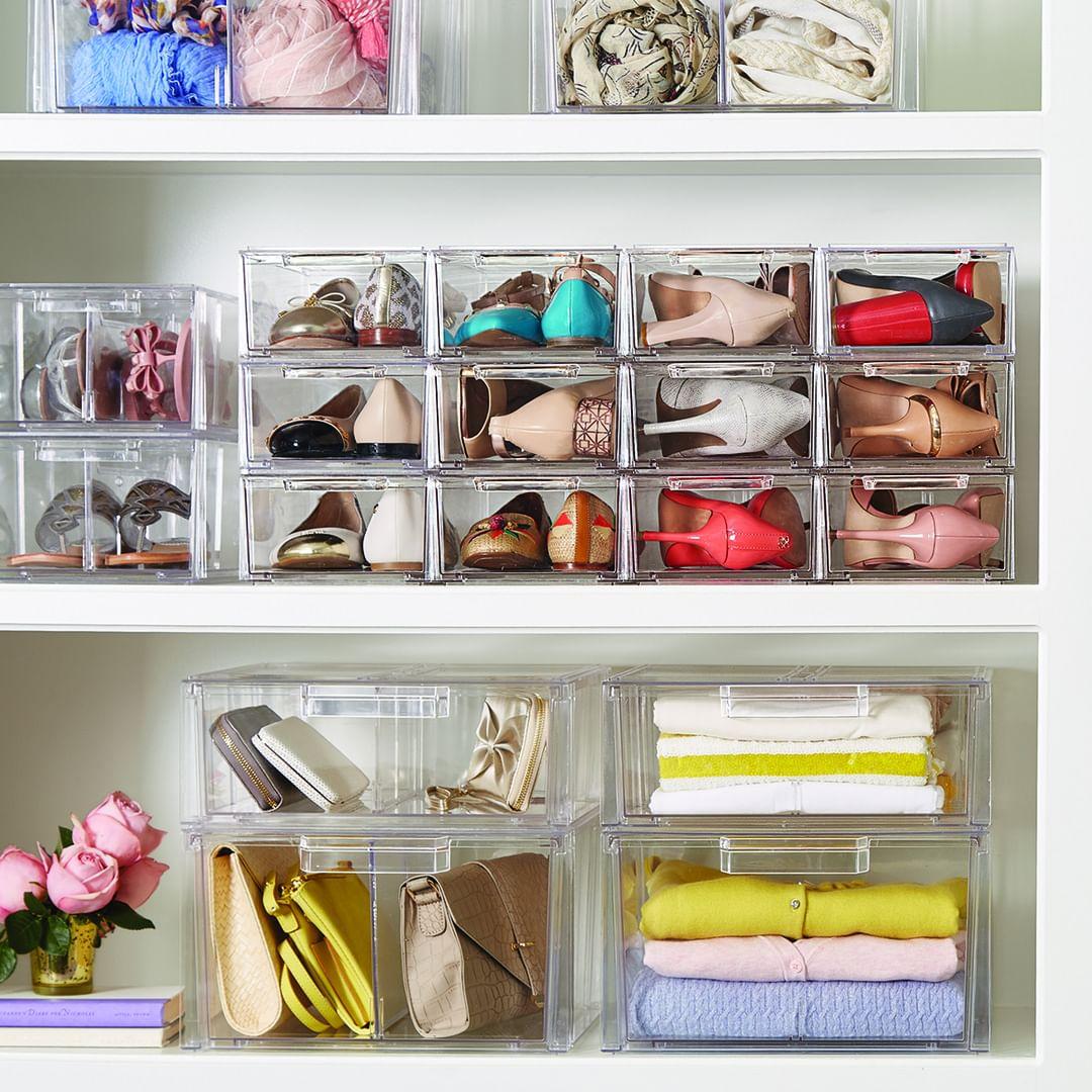 Как организовать порядок в шкафу: как хранить и рассортировать одежду