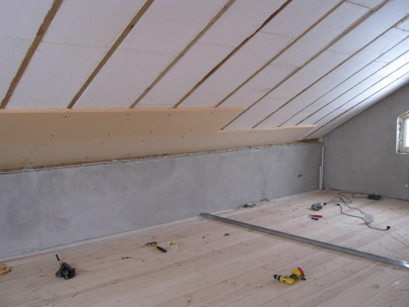 Утеплитель для мансардной крыши: какой лучше выбрать для мансарды