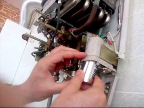 Несколько причин, по которым газовый котел щелкает и шумит. как устранить неисправности