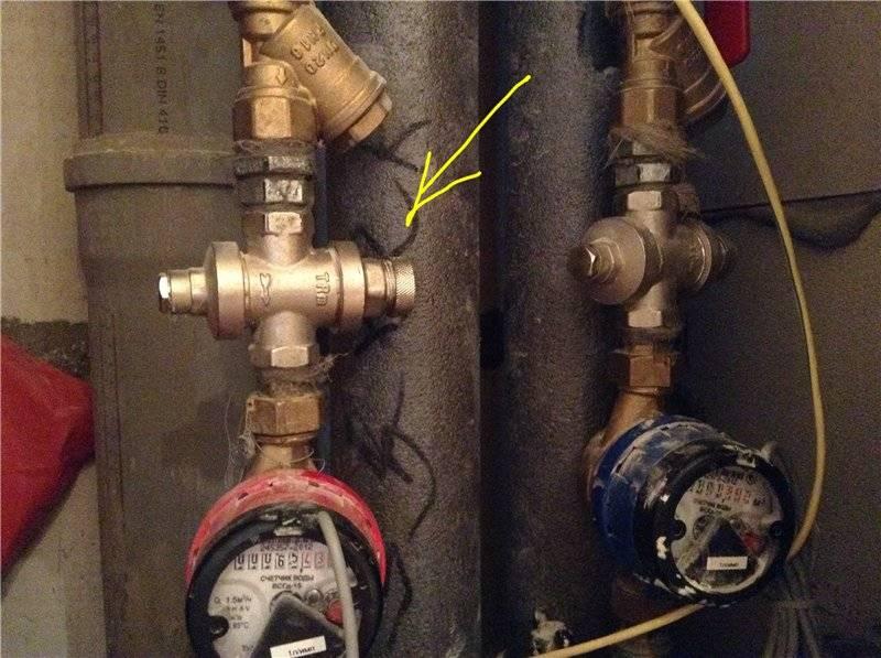 Найти и устранить поломку, или что делать, если не отключается реле давления воды для насоса