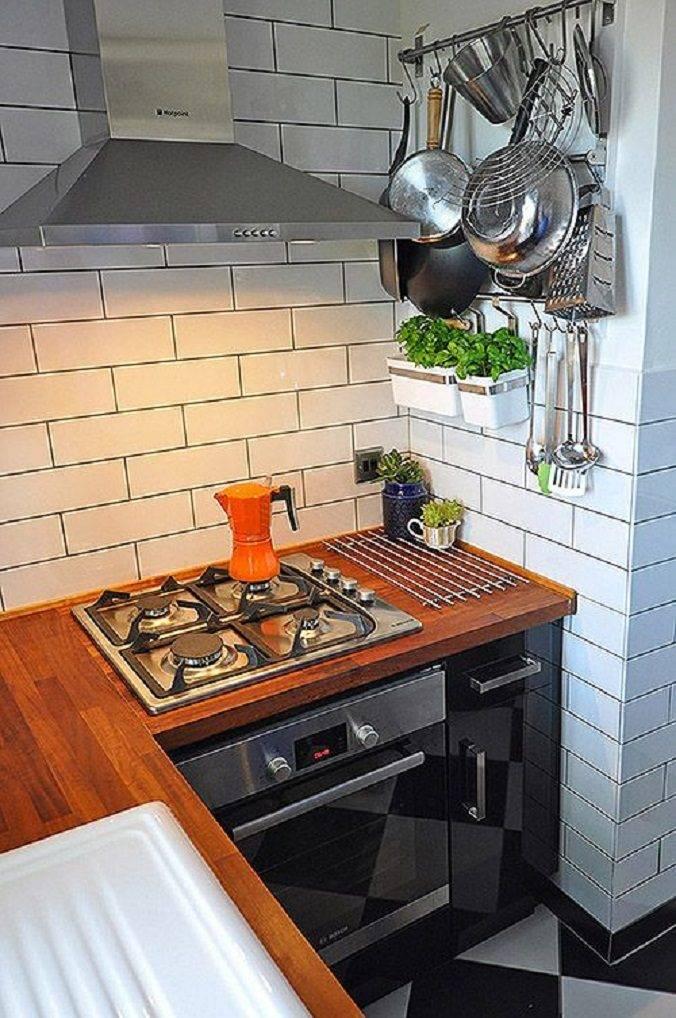 Перенос газовой плиты в пределах кухни: нужна ли дверь на кухню? можно ли ставить плиту у окна? нормы и требования перепланировки