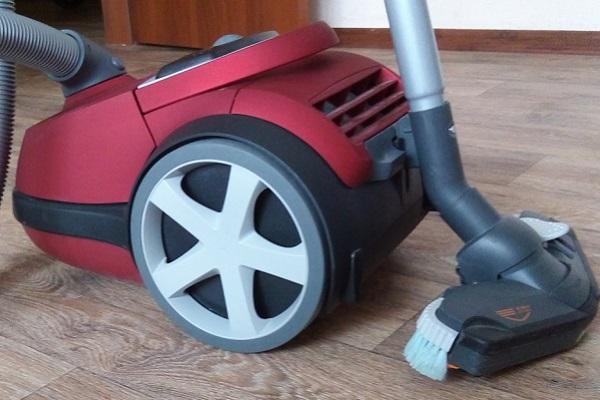 Пылесосы philips (58 фото): беспроводная модель powerpro duo fc6172, philips performer fc9174 с мешком для сбора пыли, вертикальный пылесос powerpro aqua fc6400 и другие модели, отзывы