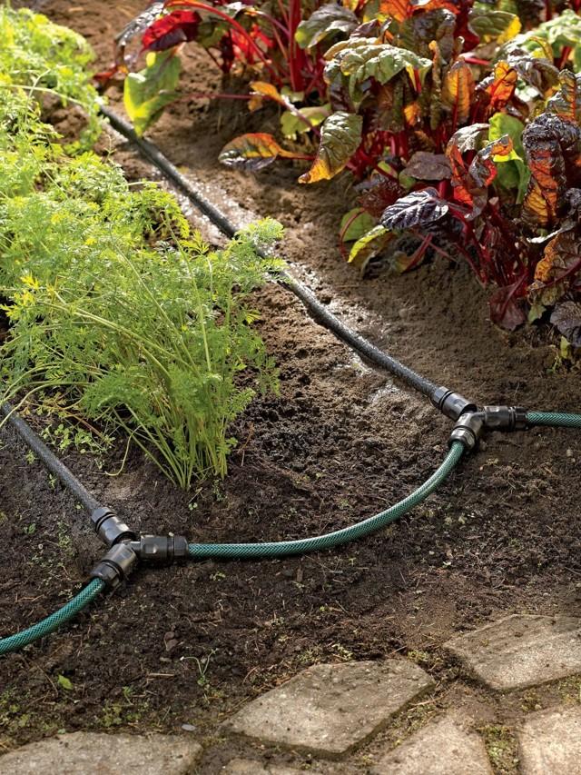 Трубы для полива на даче. типы поливочных водопроводов. системы капельного орошения