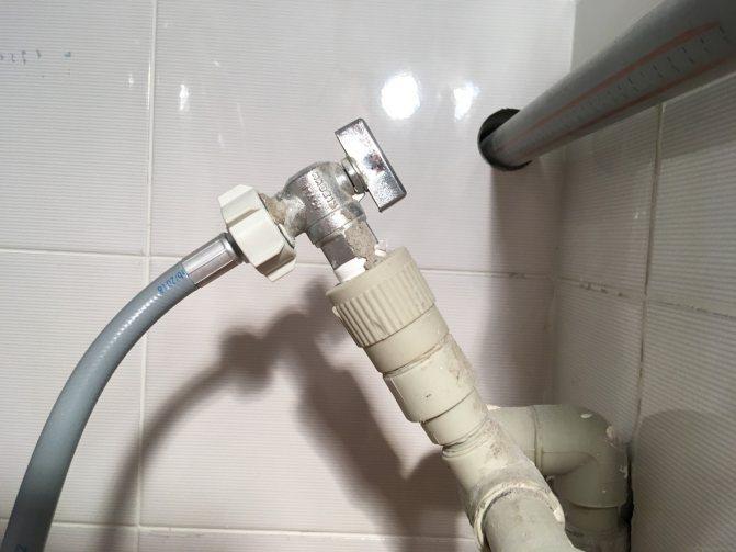 Подключение стиральной машины без водопровода – комфорт в загородном доме обеспечен!