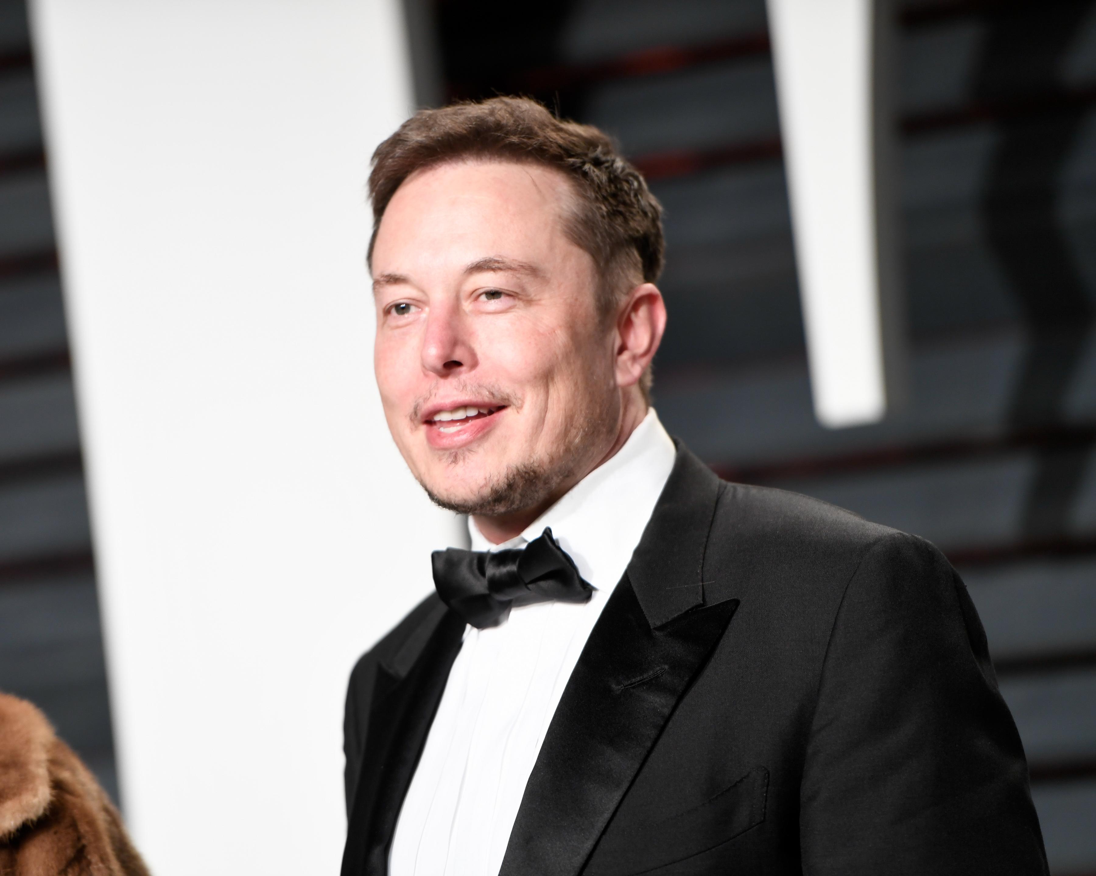 Илон маск – гений, миллиардер, филантроп