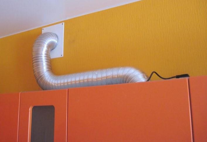 Как используется гофрированная труба для вентиляции, особенности производства и устройства