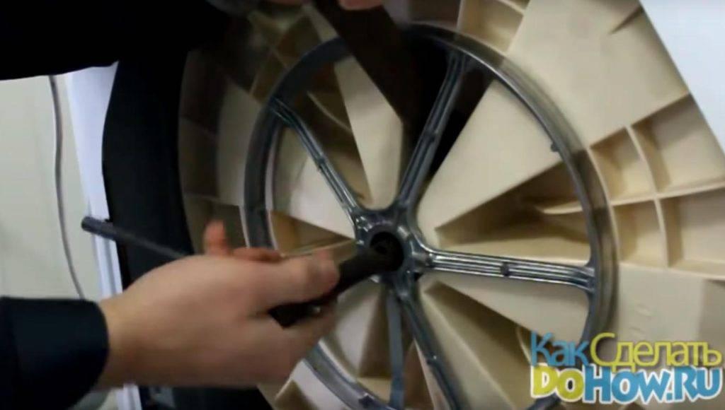 Замена подшипника на стиральной машине индезит на барабане своими руками: ремонт по видео
