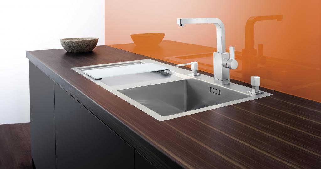 Как установить раковину на кухне в столешницу? как правильно закрепить мойку? тонкости установки. как врезать смеситель?