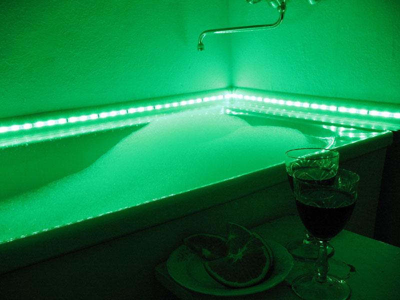 Как организовать освещение в ванной: схемы проводки, типы ламп