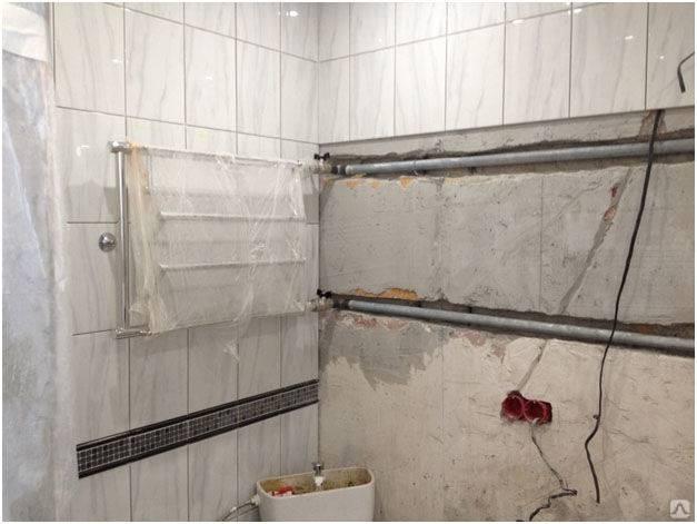 Перенос электрического и водяного полотенцесушителя на другую стену в ванной